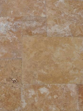 Kamenný obklad/dlažba Travertín GOLD, francúzsky vzor-hr.1,2 cm