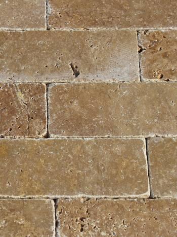 Travertín Noce-tehlička 20,3x7,5x1 cm